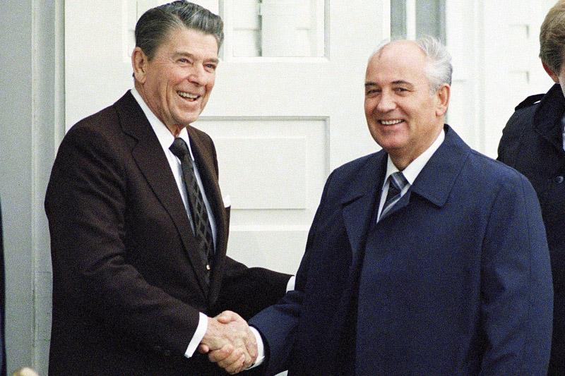 reagan-gorbachev.jpg